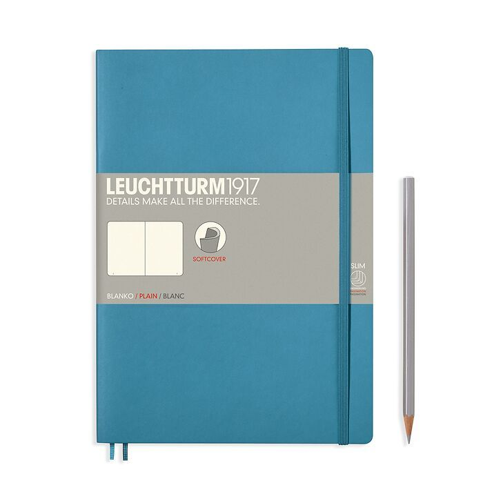 Notebook Composition (B5) plain, softcover, 121 numbered pages, nordic blue
